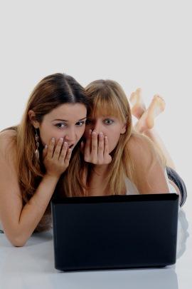 Flirten Facebook-Mädchen zahlen Wifesharer