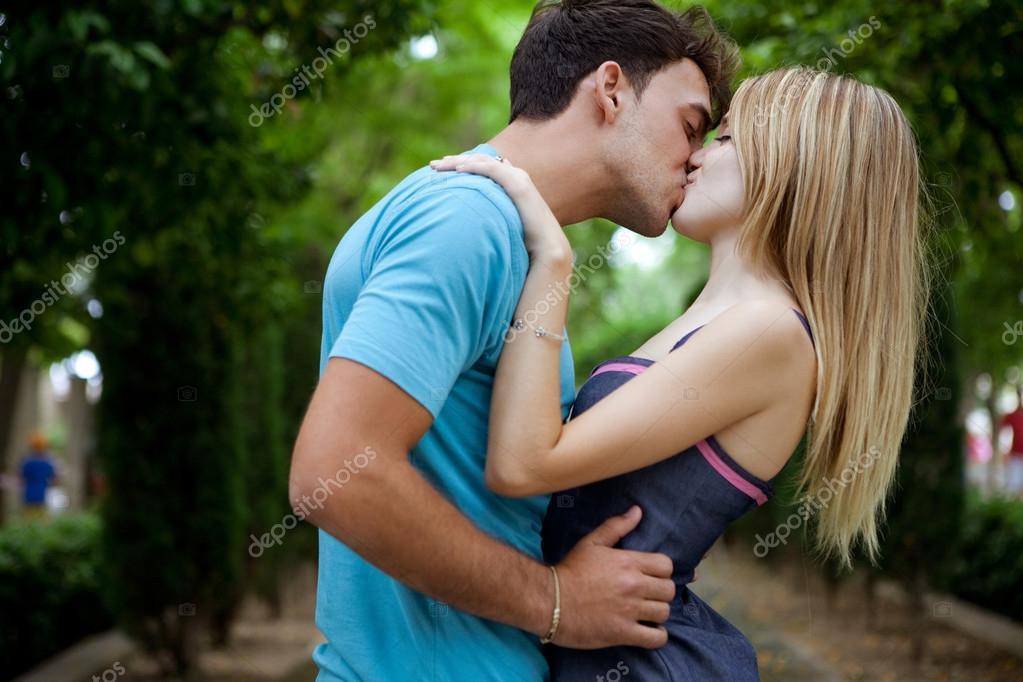 Dating Erwitte Sex Kuss Üppiger