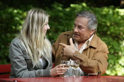 Flirten mit einem Mann in Vernachläßigter